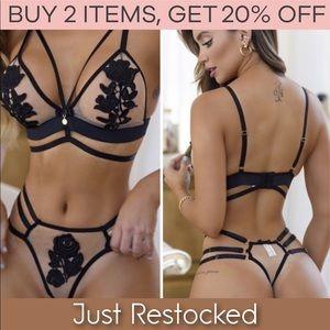 Strappy bra bralette & panty / 2 piece set